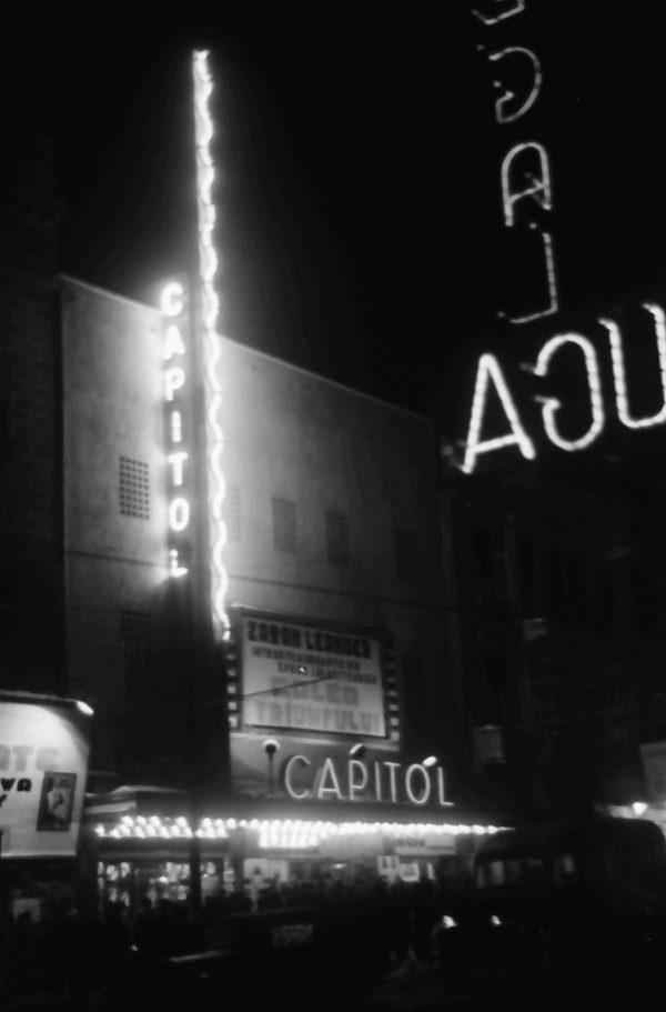 1942 willy pragher Cinema Capitol